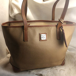 Authentic Tan Brown Dooney & Bourke Purse Handbag